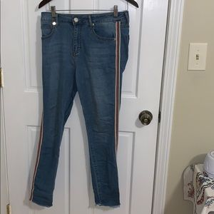 Design Lab medium wash stripe jeans
